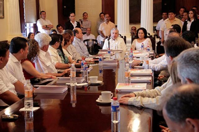 Clases de Imagen a funcionarios de Gobierno y del DIF; las impartirá DoloresGutiérrez