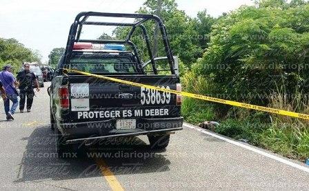 Balacera entre policías (@SSPTabasco) y ladrones deja unmuerto