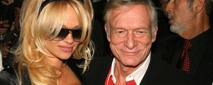 debcc0ff1 La sensual rubia se mostró devastada en Instagram tras la muerte del  fundador de Playboy