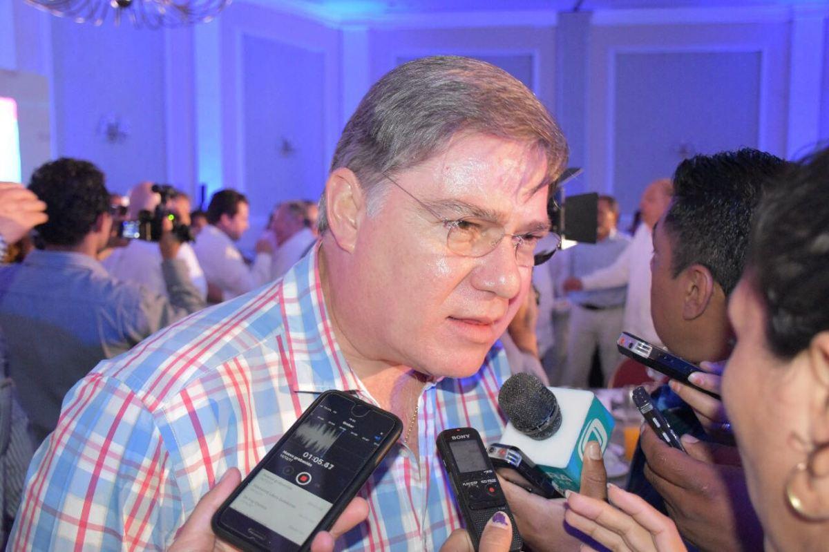 Se registrará Fernando Mayans para la interna del PRD