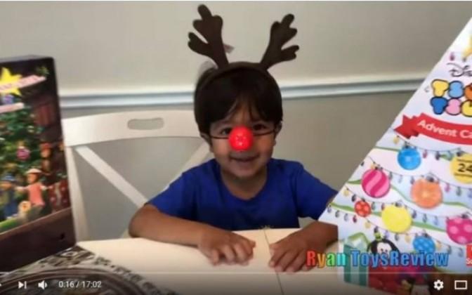 El niño que se hizo millonario en Youtube por enseñar juguetes