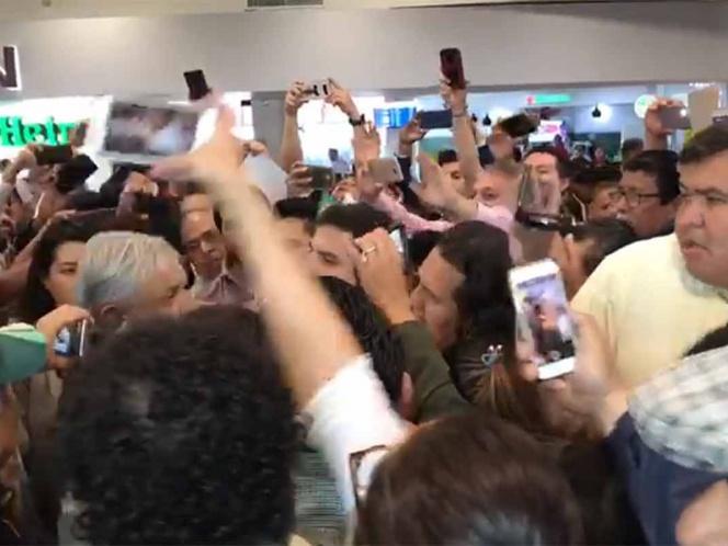 #TABASCO//López Obrador llega a Tabasco, le reportan que no hay daños trassismo