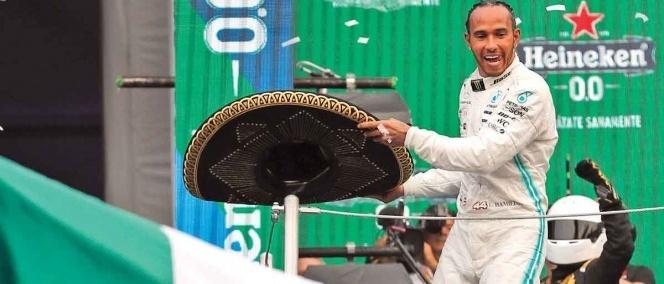 #GranPremioDeMéxico // Hamilton canta y no llora, vuelve a ganar enMéxico