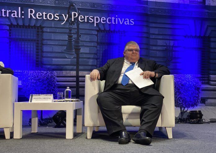 #Nacional // Riesgo de recesión es bajo, pero existe: AgustínCarstens