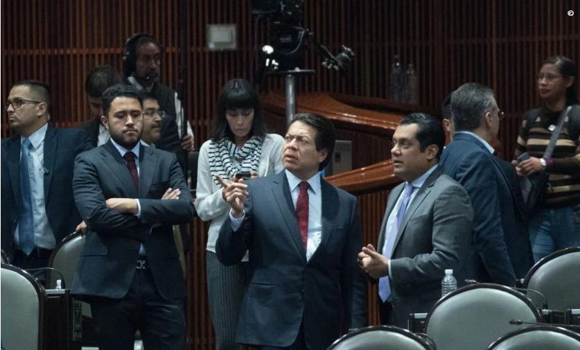 """#NACIONAL // DIPUTADOS BAJARON EL SALARIO DE SENADORES SIN AVISARLES; """"A TRABAJO IGUAL REMUNERACIÓNIGUAL"""""""