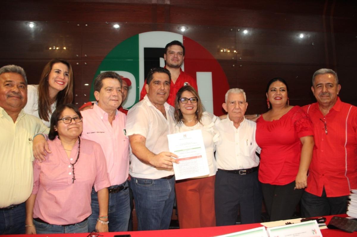 @Lara_Sedas y @Katiornelas, fórmula de unidad para dirigir el@PRITabasco
